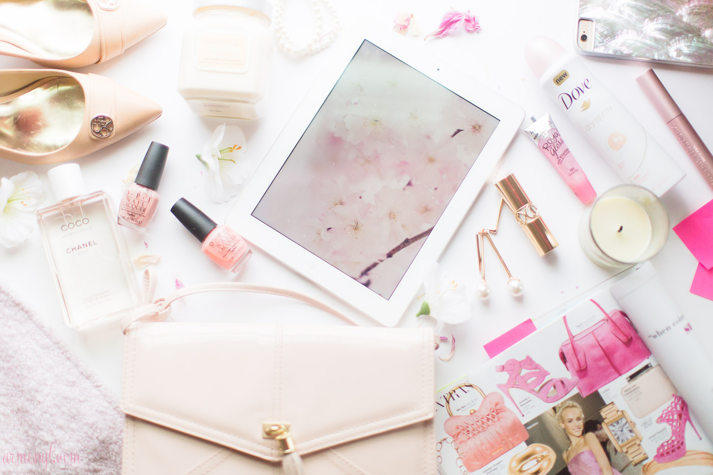 Armenyl's 2015 gift guide, iPhone cases, Pink Flat lay, chanel, color, peach