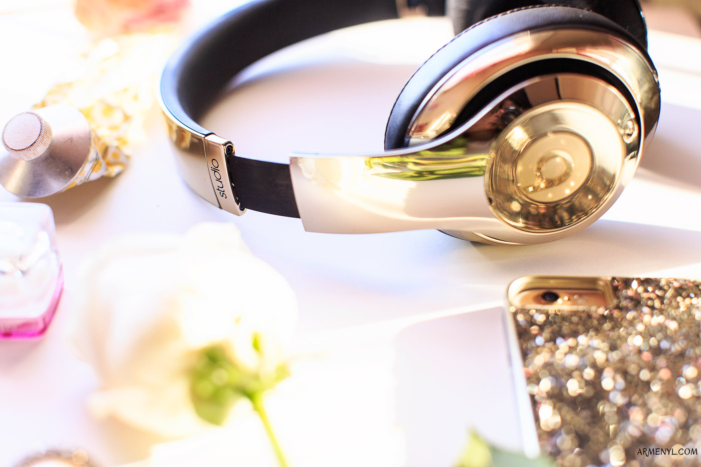 What's in my bag beats gold earphones by Armenyl.com