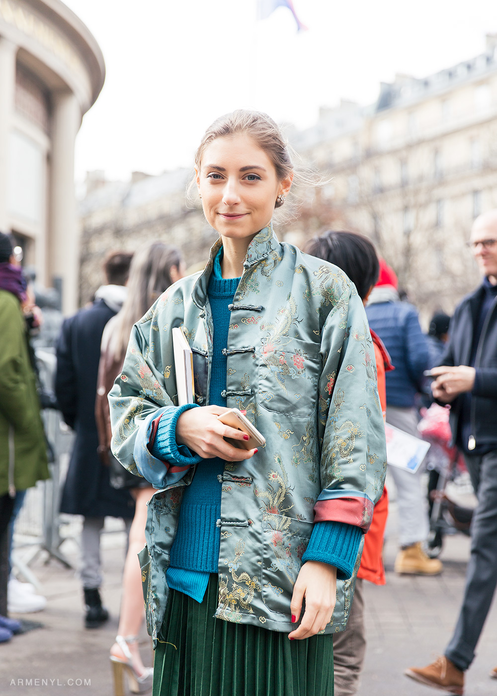 Fashion Illustrator Jenny Walton Street style outside Miu Miu AW 16 show in Paris on March 9 2016 photographed by Armenyl.com