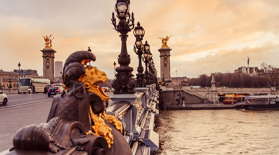 Ponts des arts in Paris, landscape and travel photography by Armenyl.com
