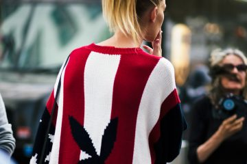 fashion-model-lexi-boling-in-joyrich-sweater-new-york-fashion-week-by-street-style-photographer-armenyl-com