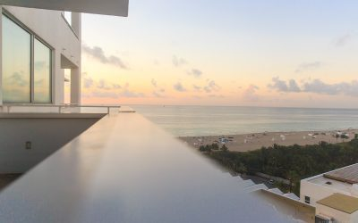 beautiful sunrise in Miami Beach photographed by Armenyl.com