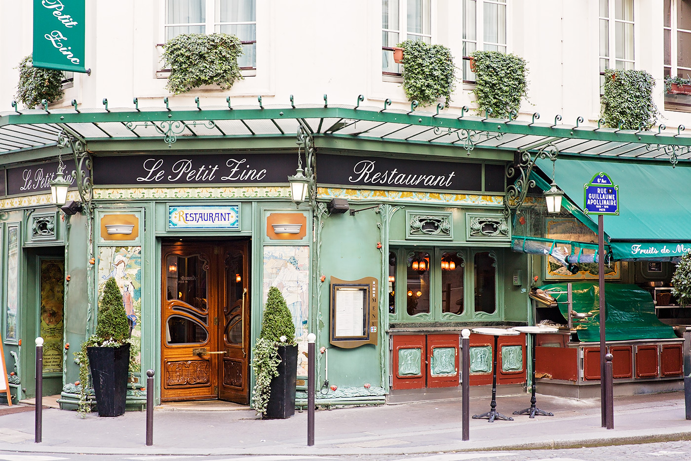 Le petit zinc restaurant in paris - Le petit salon paris ...